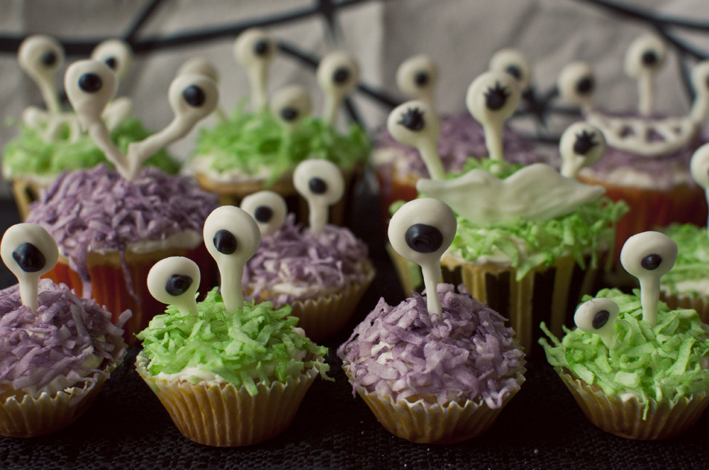 Coco Monsters Cupcakes