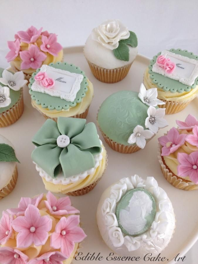 35 Gorgeous Mothers Day Cupcakes