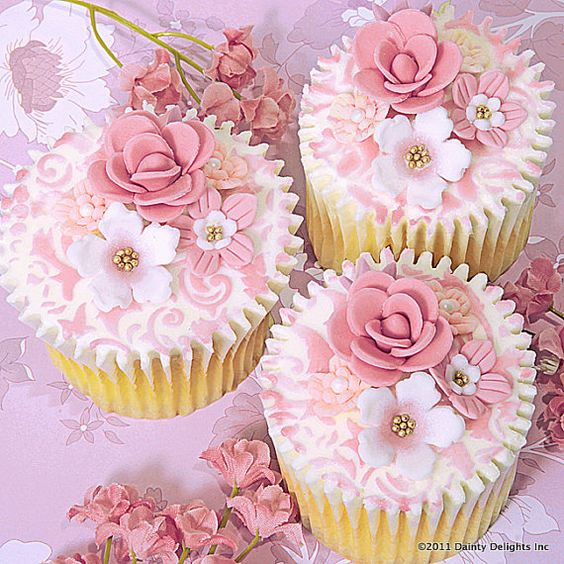 Dusty Pink Floral Cupcakes