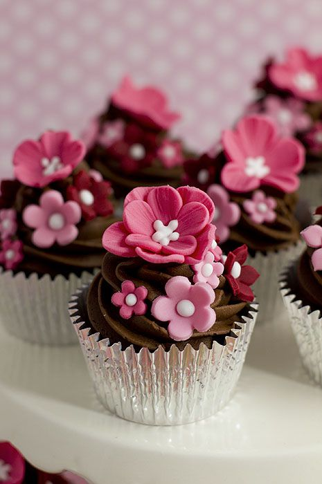 Floral Topped Chocolate Cupcakes
