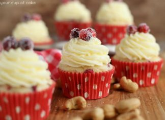Cranberry Cashew Cupcakes