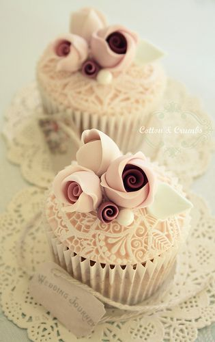 Dusty Roses And Lace Cupcakes