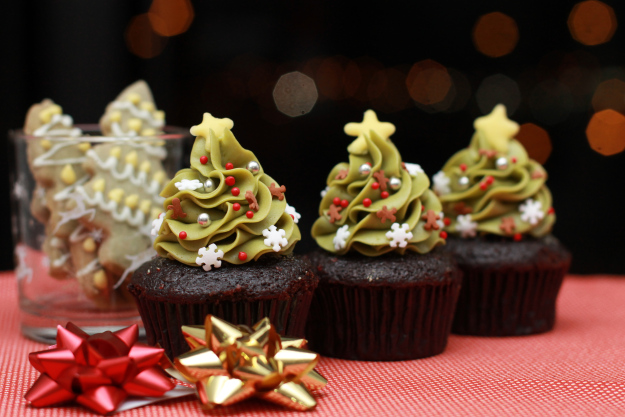 Matcha Christmas Tree Cupcakes