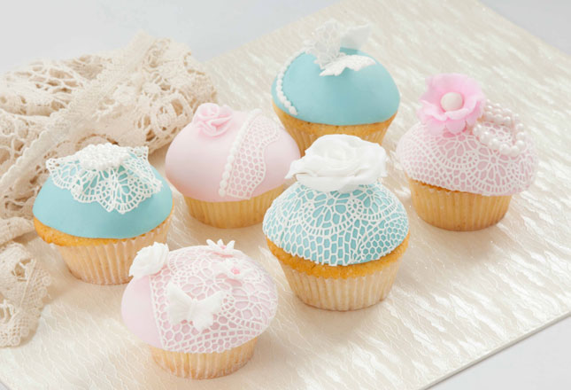 Pink & Blue Lace Cupcakes