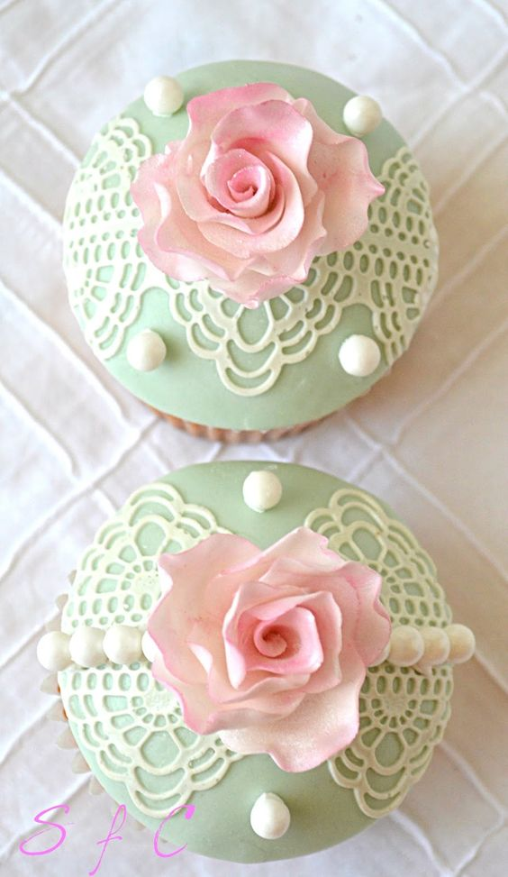 Rose, Pearls And Lace Cupcakes