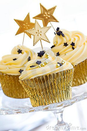 Cupcake design for new year