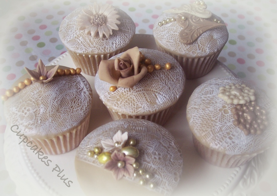Vintage Inspired Lace Cupcakes