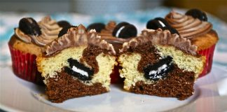 Chocolate and Vanilla Marble Cupcakes with Mini Oreo Centers