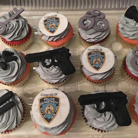 30 Police Themed Cupcakes Cupcakes Gallery