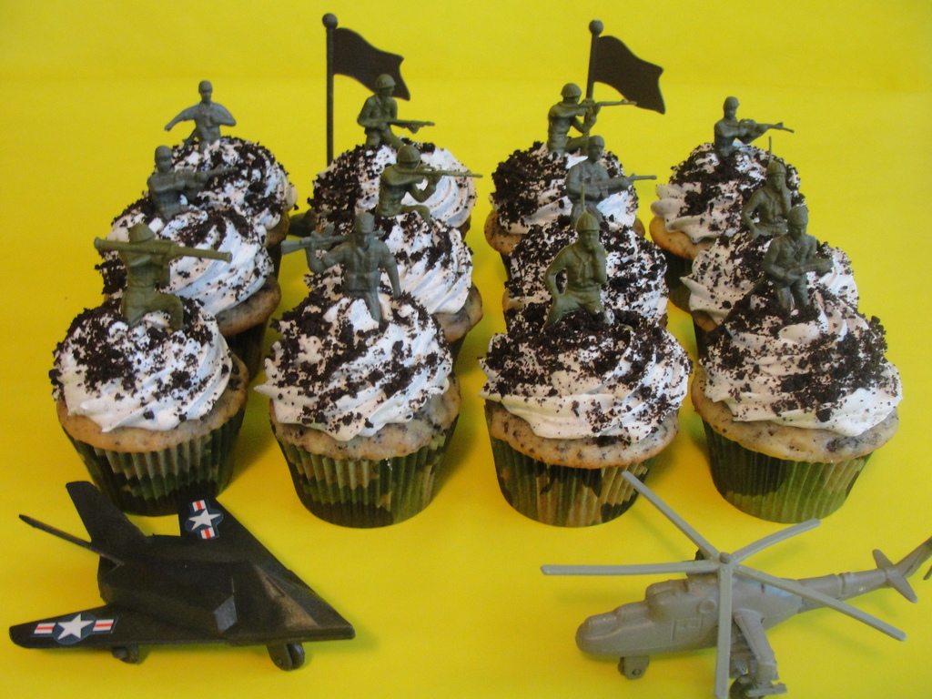 Army Decorated Cupcakes Cupcakes Gallery