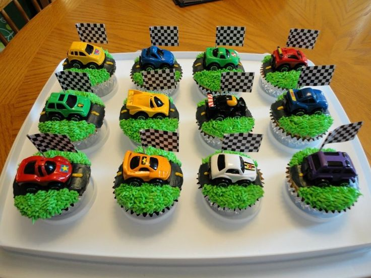 Grand Car Birthday Cake