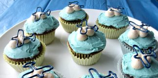 Airplane With Fluffy Clouds Cupcakes