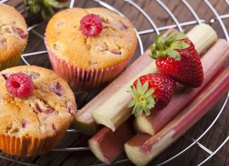 Strawberry-Rhubarb Vanilla Cupcakes