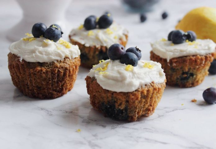 Paleo Blueberry Cupcakes With Lemon Cream
