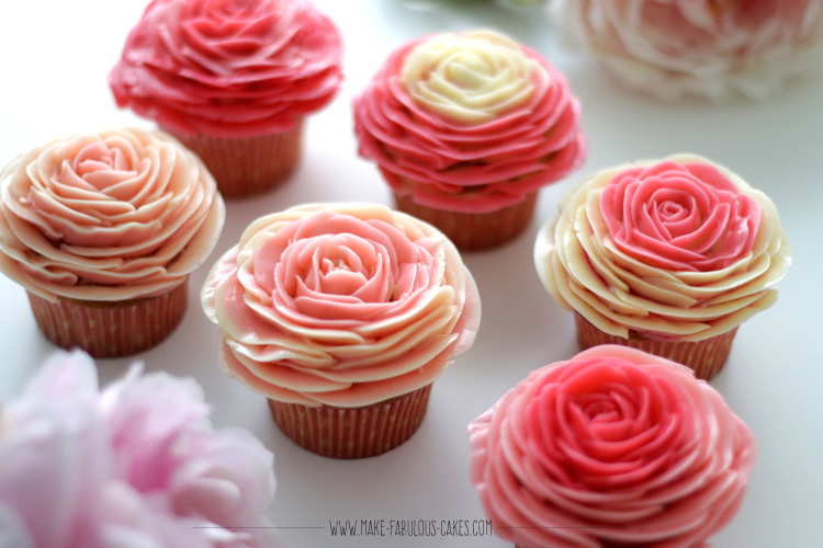 16Two Toned Buttercream Rose Cupcakes
